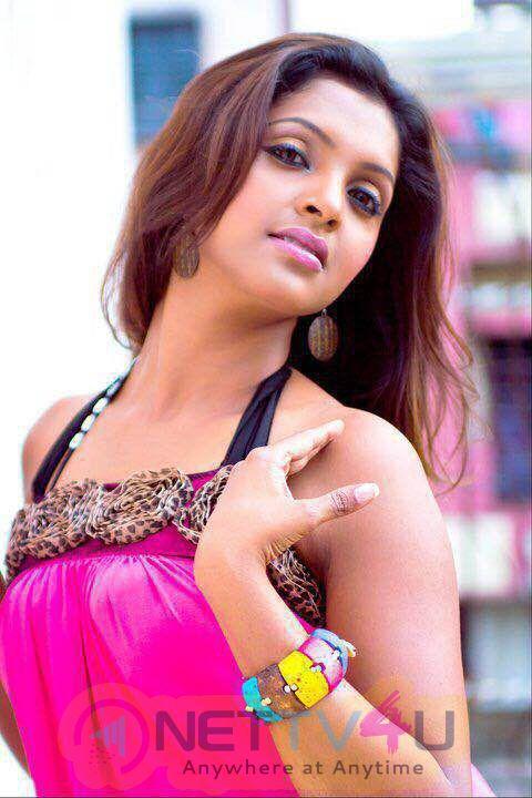 Actress Sanchita Padukone High Quality Stills