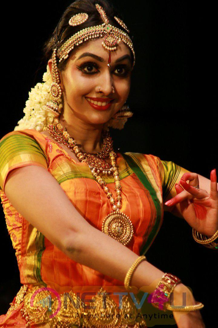 Actress Utthara Unni Bharatanatyam Recital Event Cute Photos