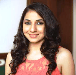 Akriti Sachdev Tamil Actress