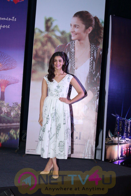 Alia Bhatt Promote Singapore Tourism & Film Dear Zindagi Stills