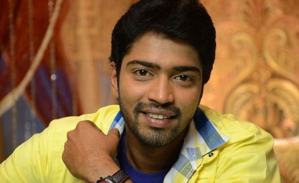 Allari Naresh Completes His Part In Intlo Deyyam Nakem Bhayyam!