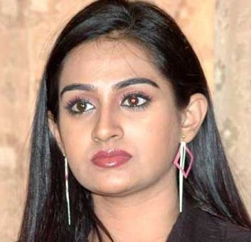 Actress Laya Got Injured In An Accident!