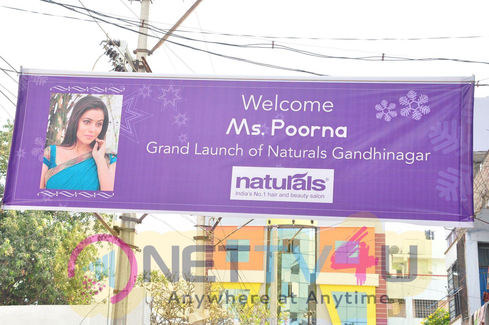 Actress Poorna Launches Naturals Beauty Salon Stills