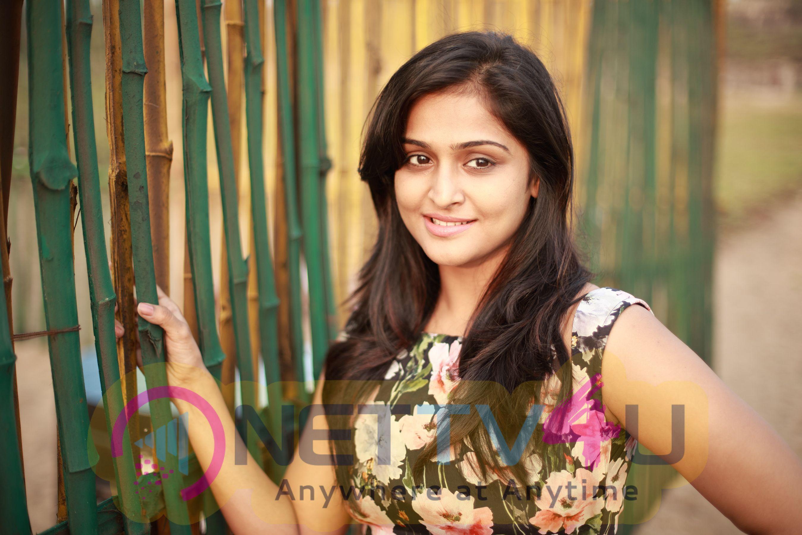 Actress Remya Nambeesan Latest Stills