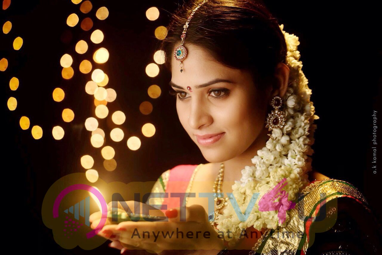 Actress Sanyathara High Quality Latest Images