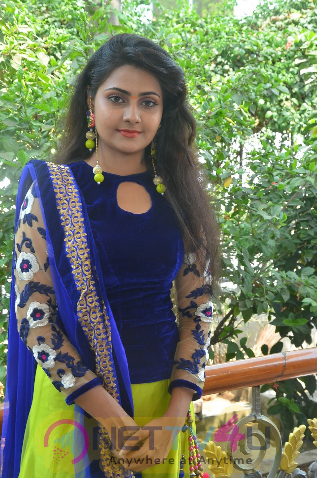 Andha Maan Tamil Movie Launch Latest Stills