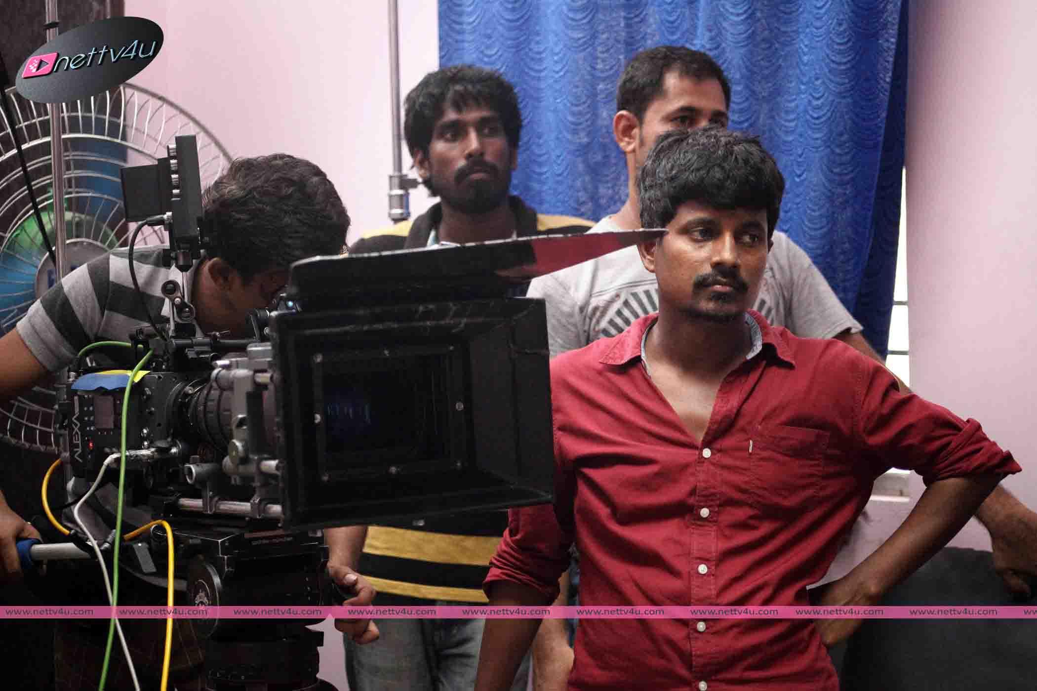 azhahendra sollukku amudha movie workingstills 001