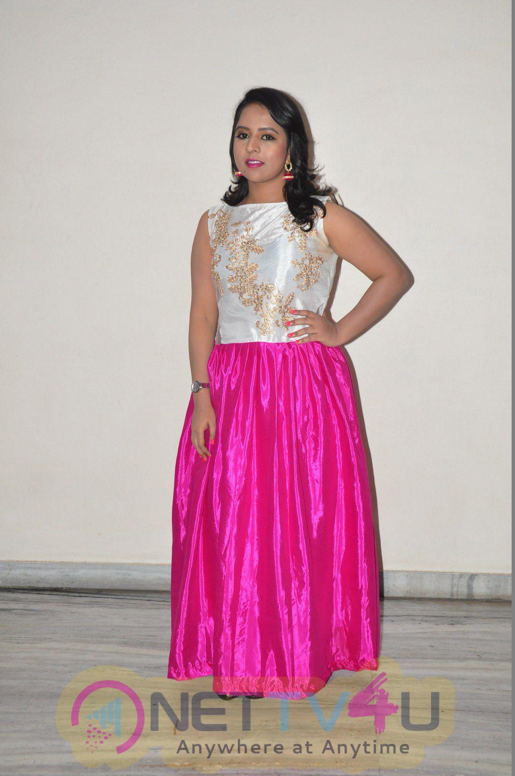 Bhavana Telugu Movie New Actress Hot Photos
