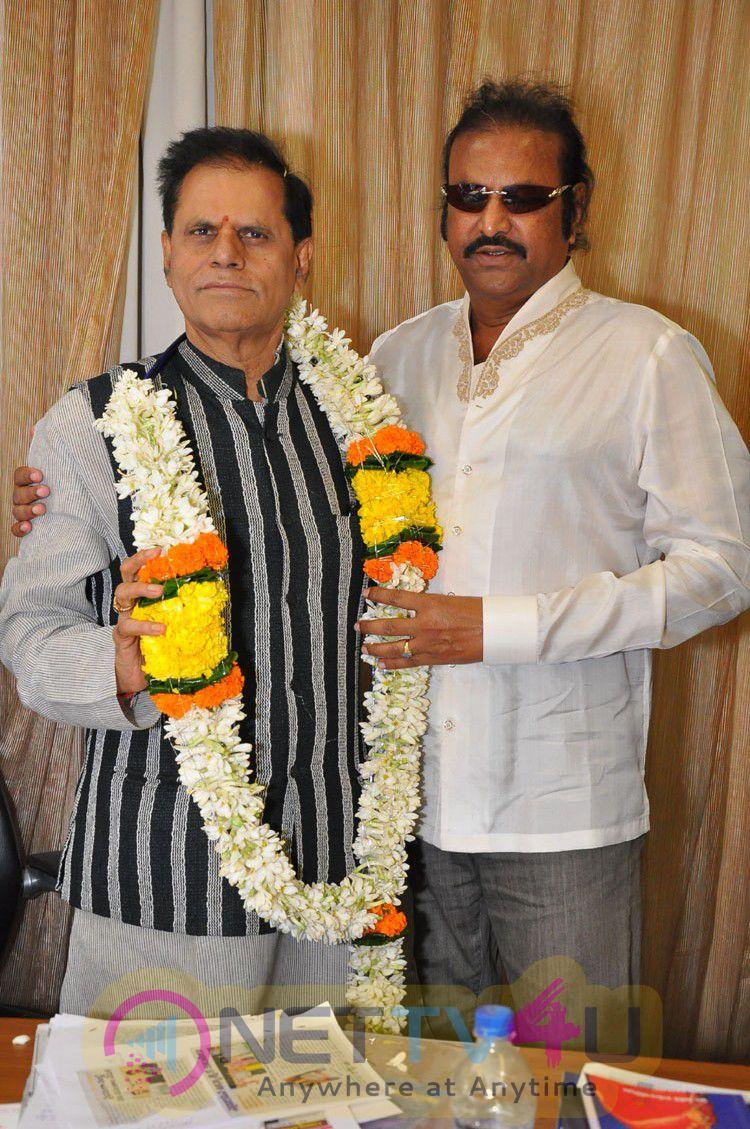 Birthday Celebrations At Subbarami Reddy House Wishes To Mohan Babu Photos