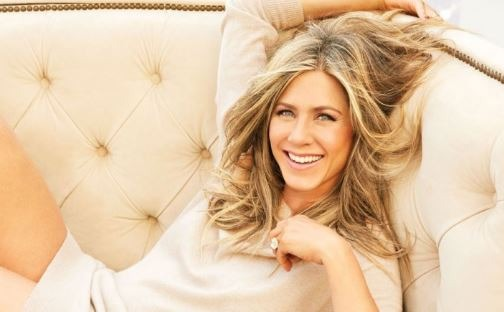 Brad Pitt's First Wife Jennifer Aniston Celebra..