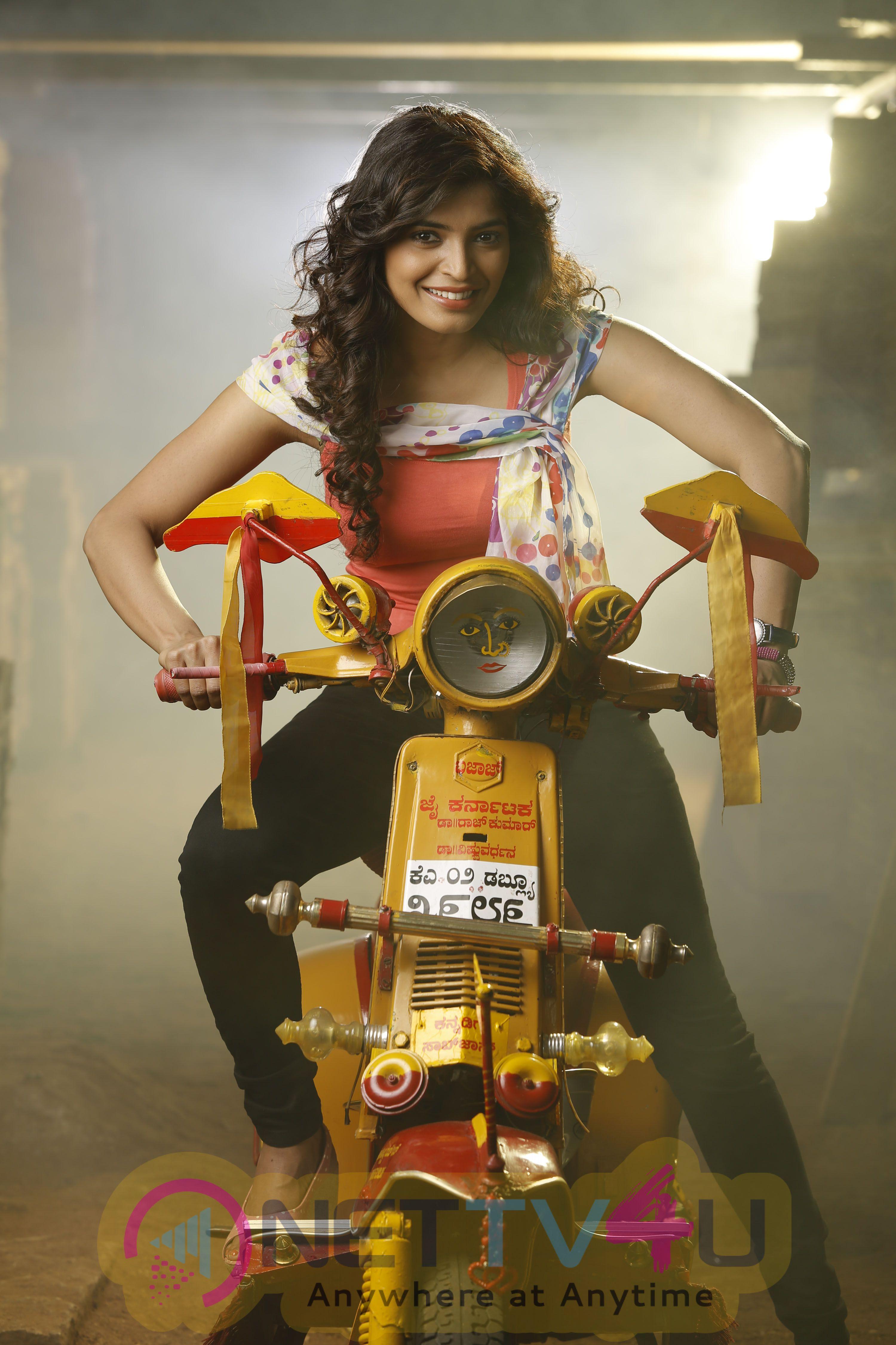 Badmaash Kannada Movie Exclusive Latest Stills
