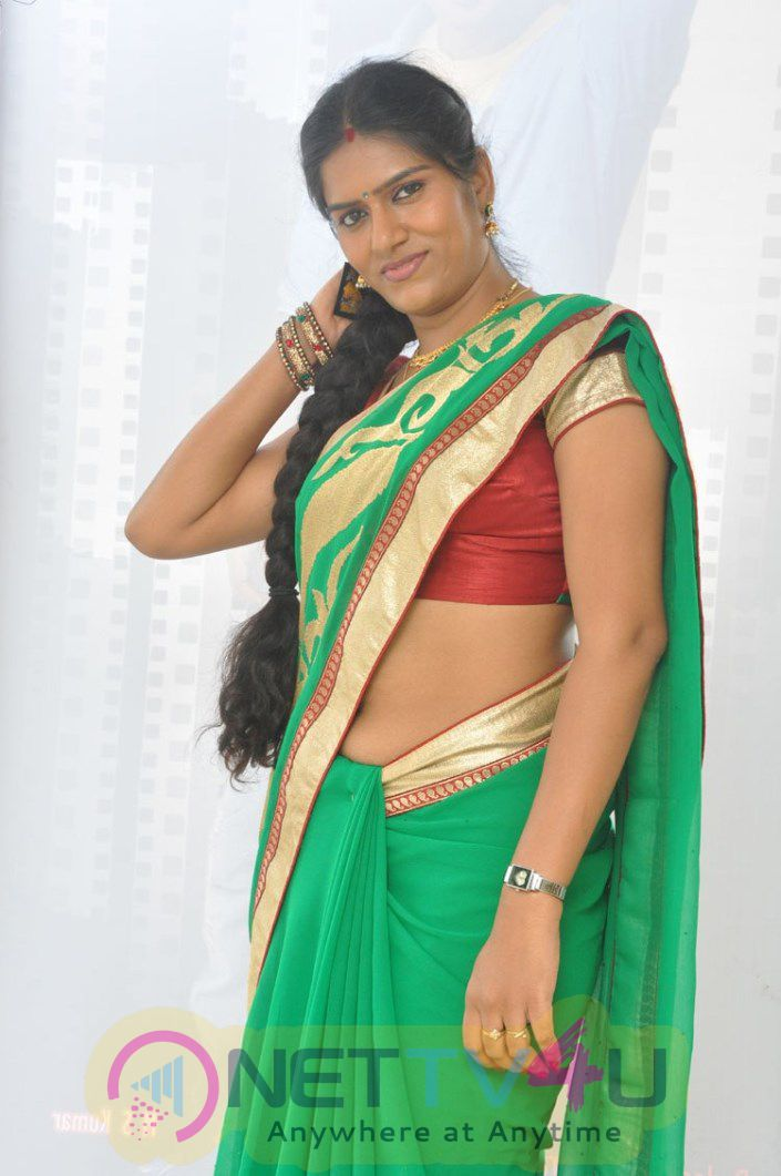 Bhavana Telugu Serial Actress Latest Photos In Saree Stills Telugu Gallery