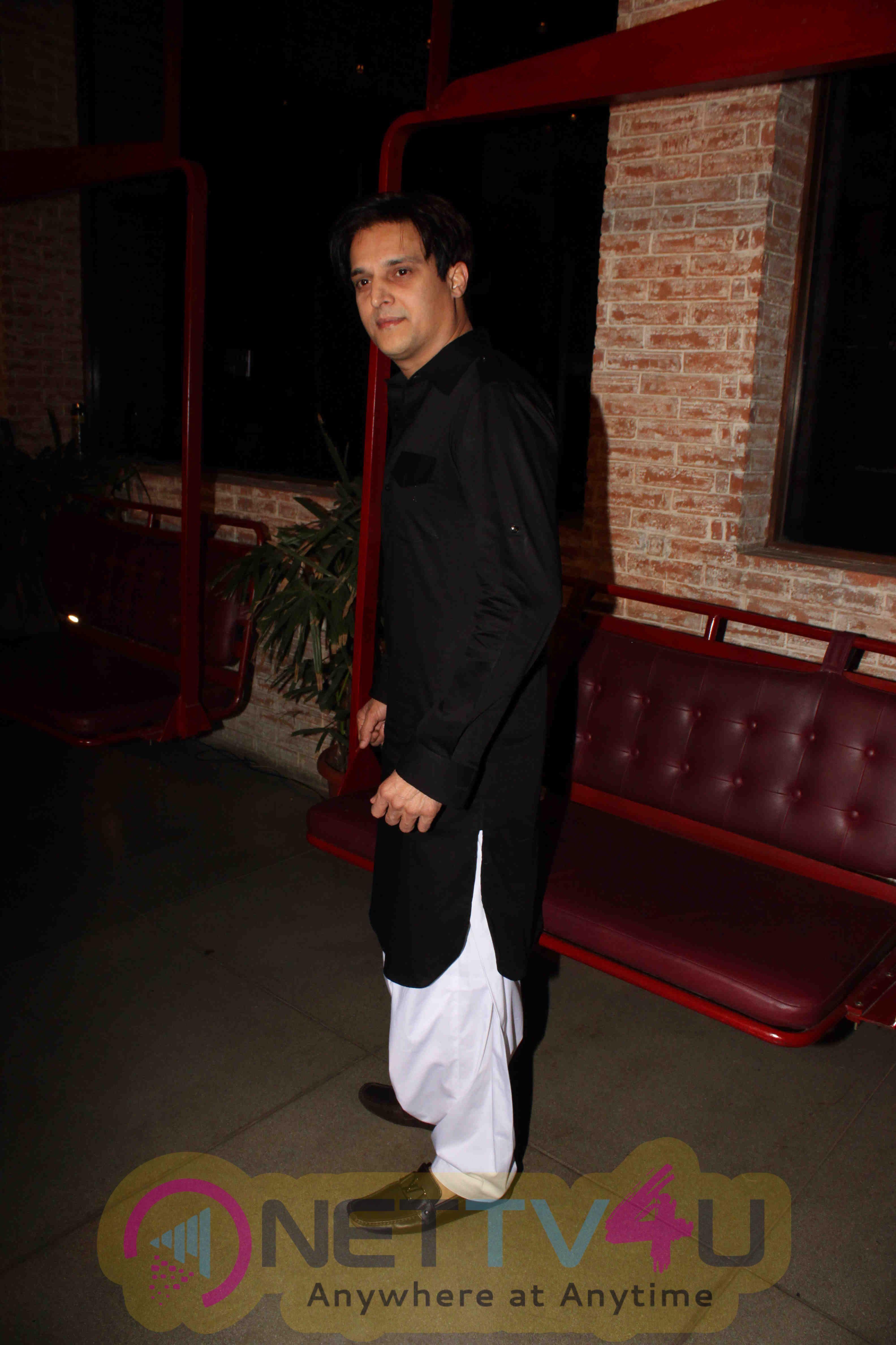 Bollywood Celebs At Film Happy Bhaag Jayegi's Wrap Up Party Stills