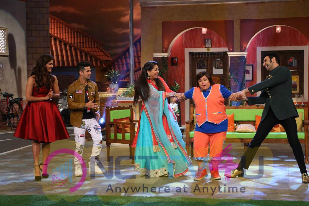 Comedy Nights Live With Bollywood Dance Masters Dazzling Stills