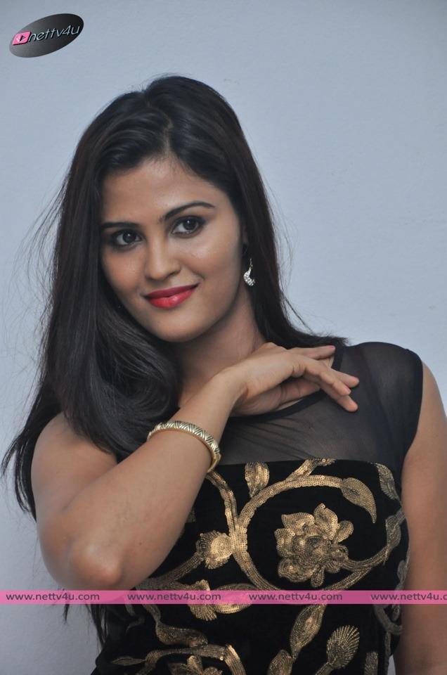 Charming Photos Of Telugu Actress Ananya Shetty