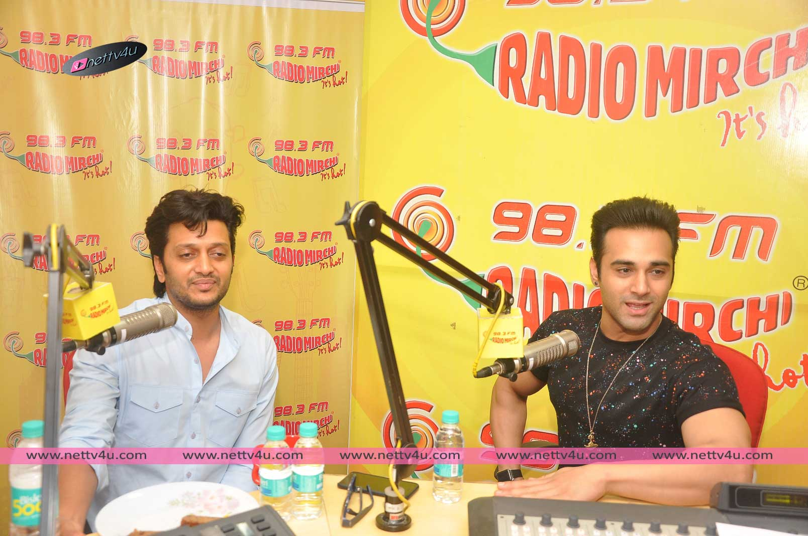 Comedy Actor Ritesh Deshmukh And Pulkit Samrat At Radio Mirchi