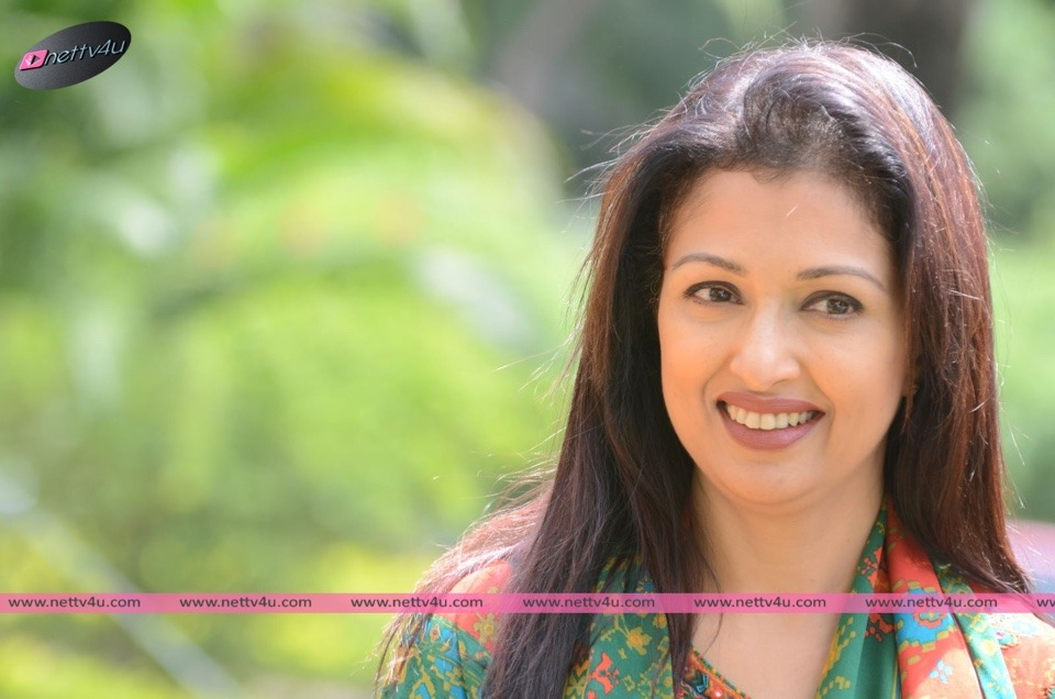 Cute Pictures Of Actor Gautami Tadimalla