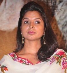Deepali Noor