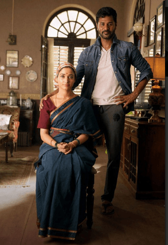 Devi(L) Movie Review