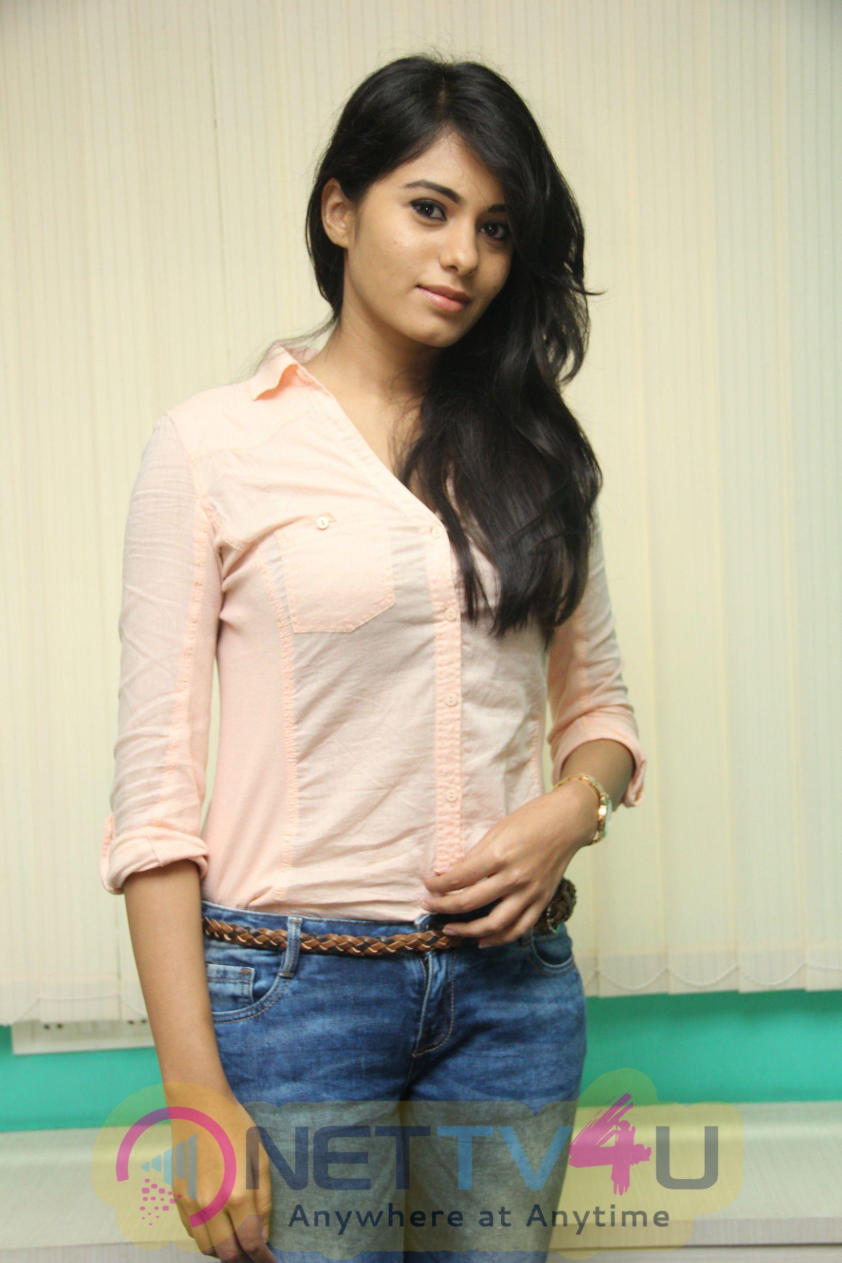 Deepa Sannidhi Hot Photo Gallery