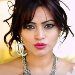 Devshi Khanduri Hindi Actress