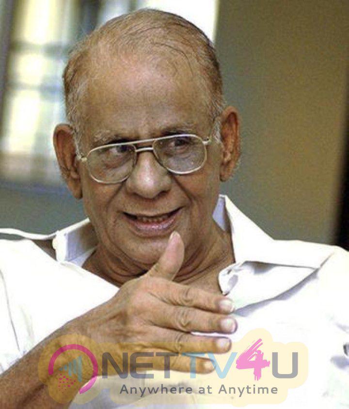 Director  Muktha Srinivasans Tuppul Vedanta Tecikan Photos Tamil Gallery