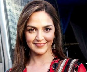 Esha Deol As An Advocate In Care Of Footpath 2!..