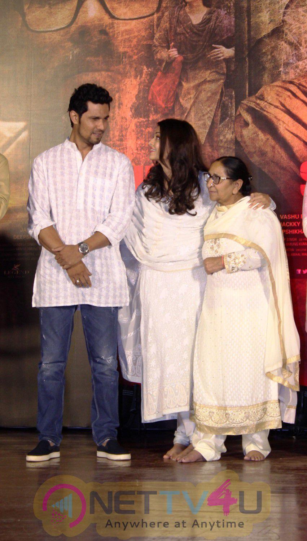Film Sarbjit Team Pay Homage To Sarbjit Singh On His 3rd Death Anniversary Attractive Stills