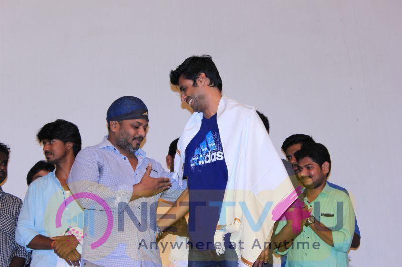 Future Cinema Put On Hand To Short Film Directors Press Meet  At Sarkunam