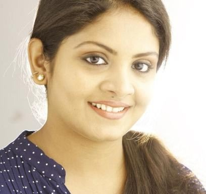 Gayathri Arun Steps In Mollywood!