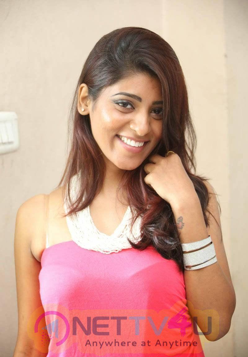 Gayatri Telugu Actress Glamour Photos