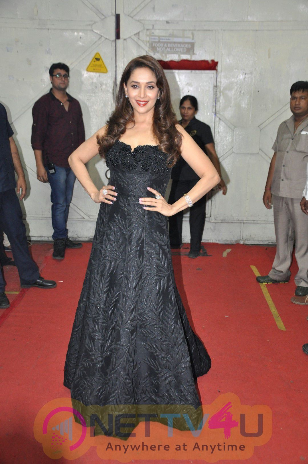 Grand Finale Of So You Think You Can Dance With The Star Cast Of Dishoom Gorgeous Photos