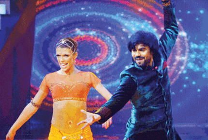 Gaurav Chopra Tells The Global Audience About Indian Films Through His Dance
