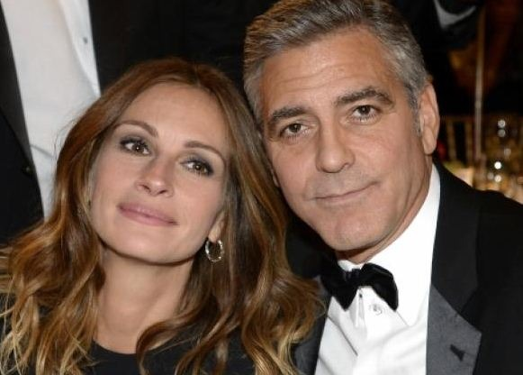 George Clooney And Julia Roberts In Money Monst..