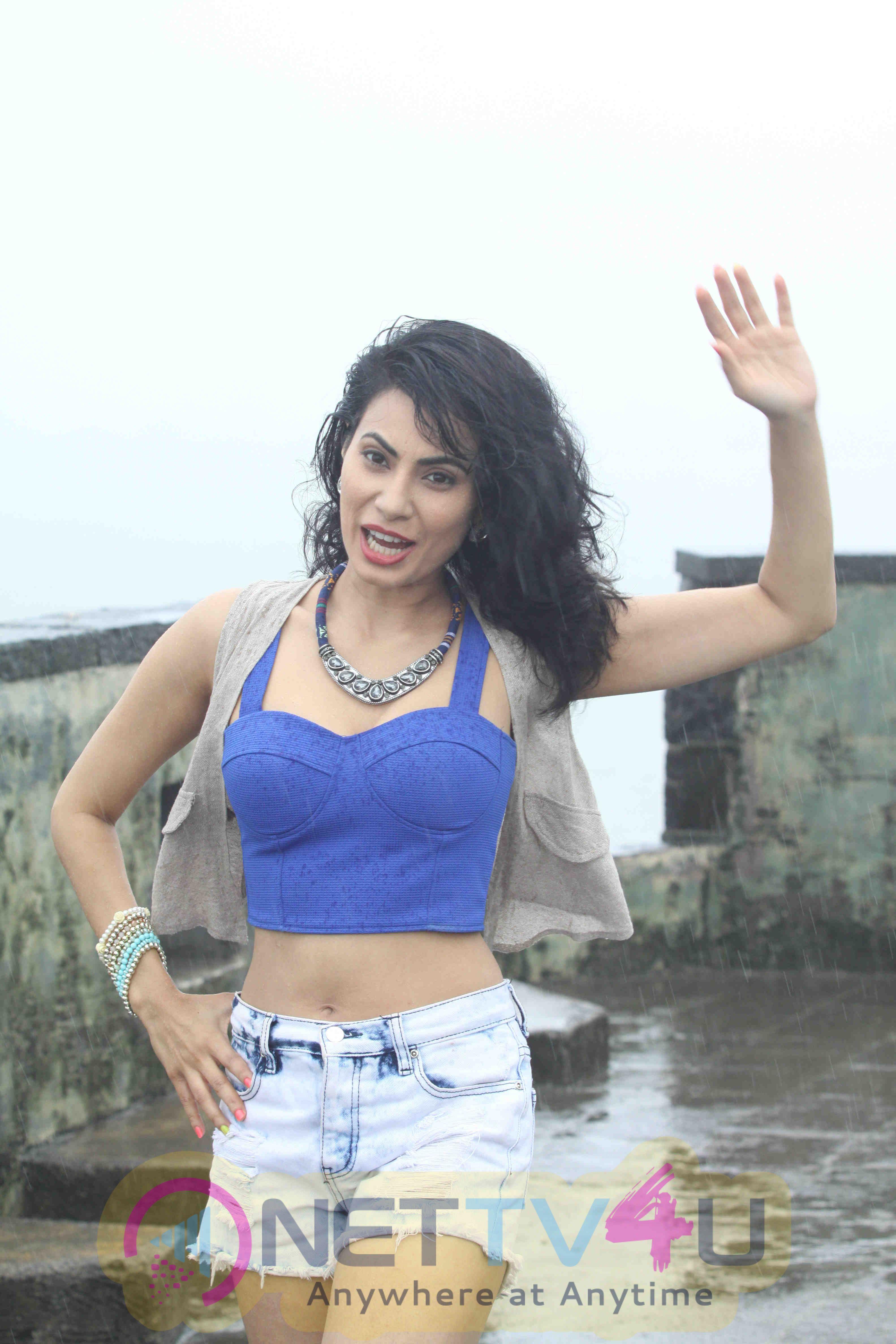 Hindi & Marathi Film Actress Manisha Kelkar During The Glamorous Rain Photo Shoot Stills