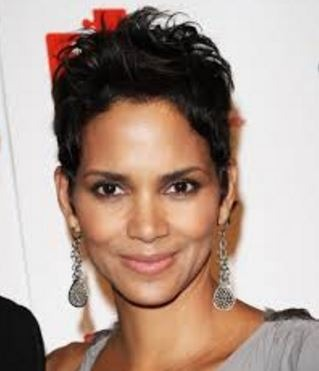 """Halle Berry To Play A Crucial Role In """"Kingsman.."""