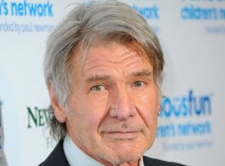 Harrison Ford Learns, How To Text At His 73!