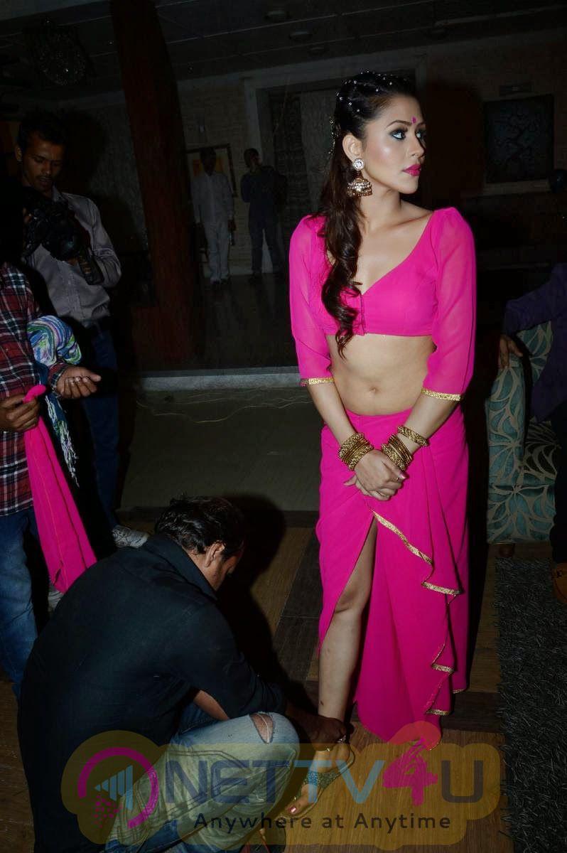 Hindi Actress Khushboo Purohit Latest Stills Hindi Gallery