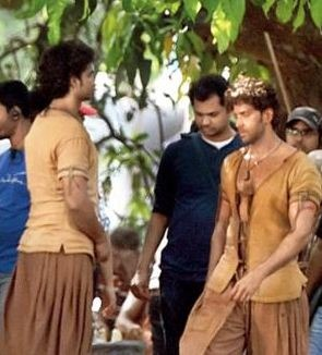 Hrithik's Mohenjo Daro To Get Its Screens On August 12th!