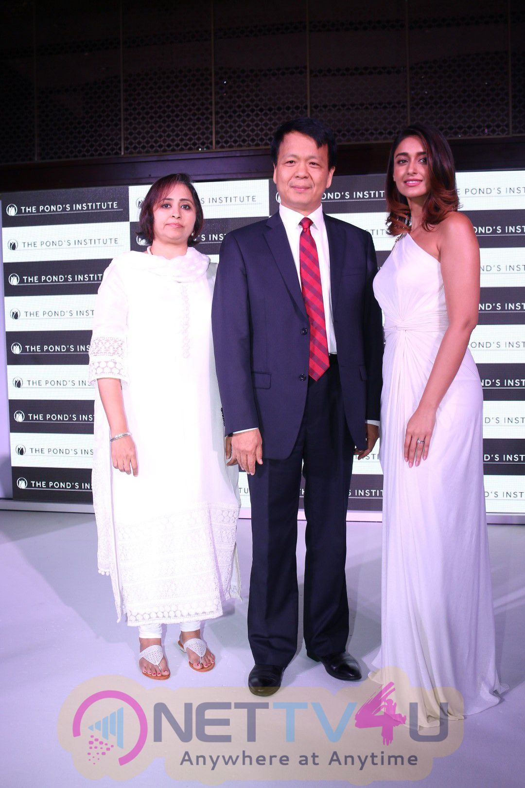 Ileana D'cruz & Amy Jackson At Skincare Innovations The Pond's Institute Stills
