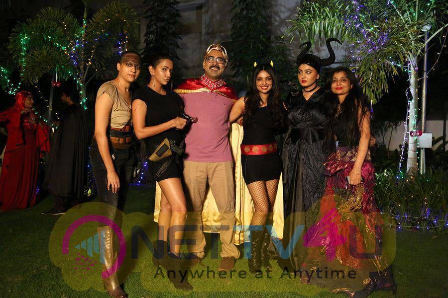 Inji Iduppazhagi Movie Costume Party Stills