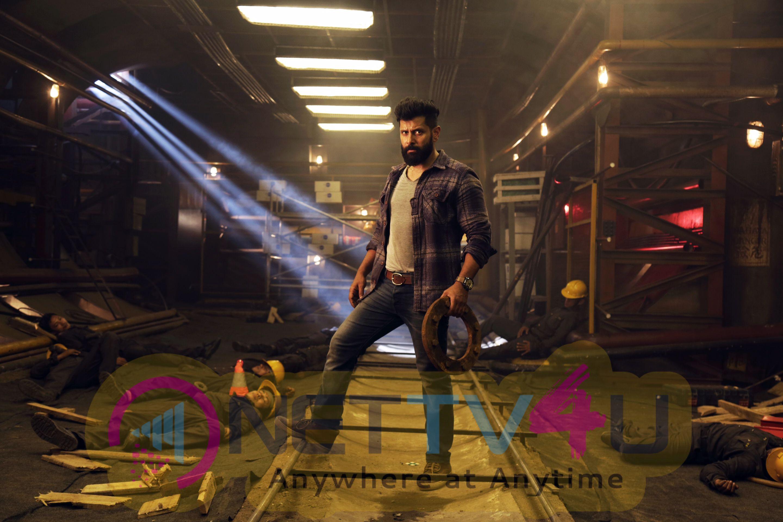 Irumugan Tamil Movie HD Stills
