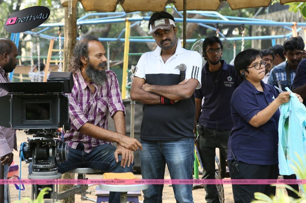 Ithu Enna Maayam Movie Working Stills