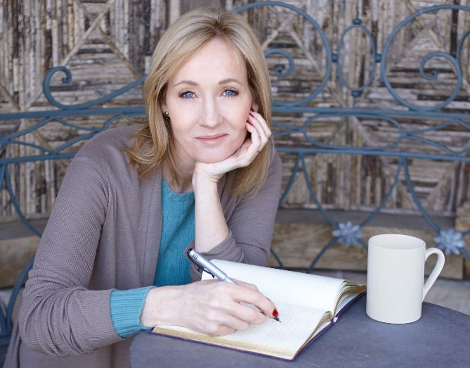 JK Rowling Is All Set For A Pentalogy!