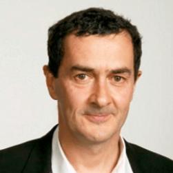 Julian Farino English Actor