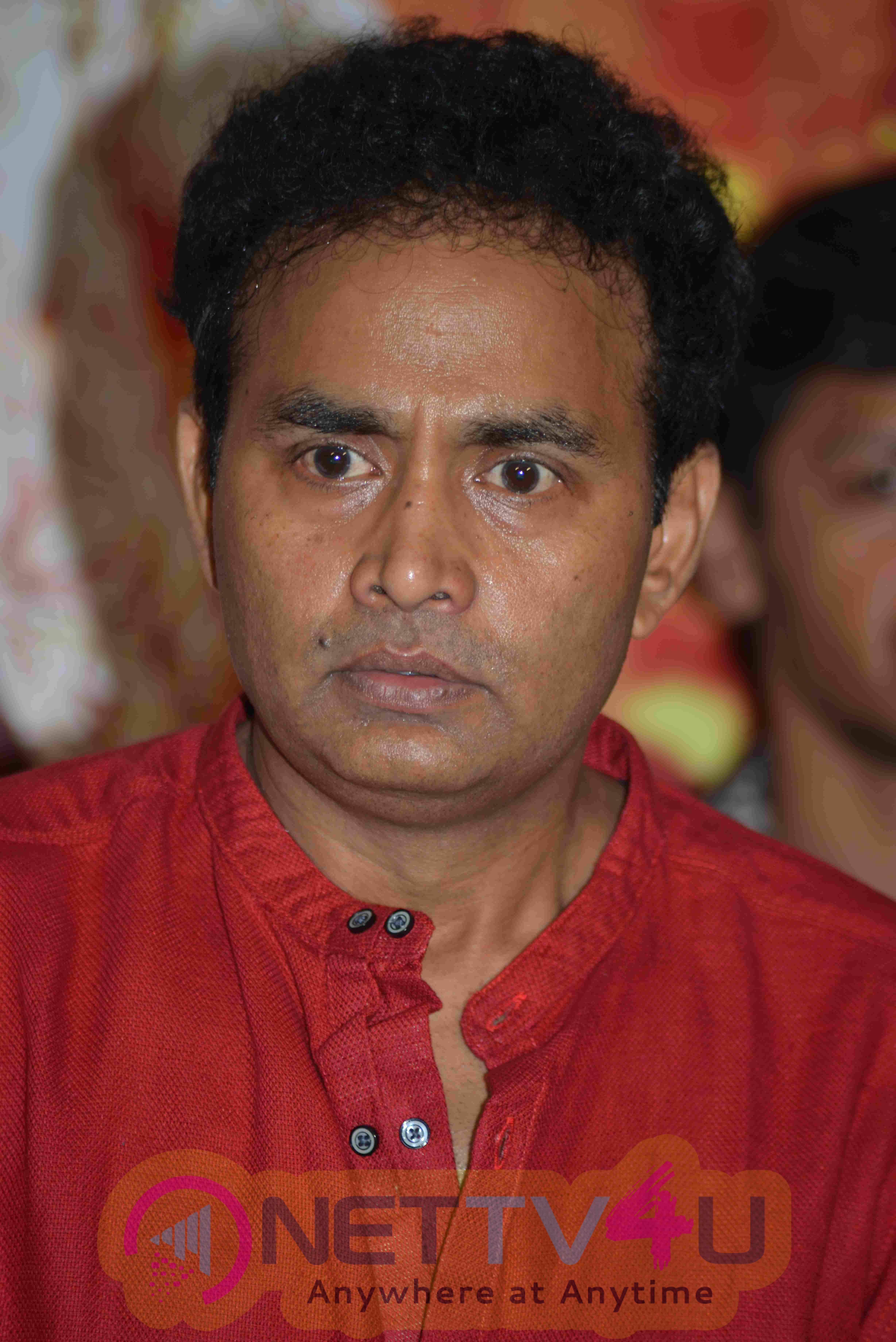 Jai Maruthi 800 Film Success Press Meet Stills