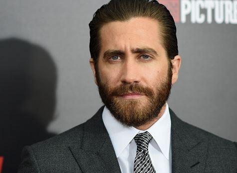 """Jake Gyllenhaal Is Gearing Up To Perform In """"Li.."""