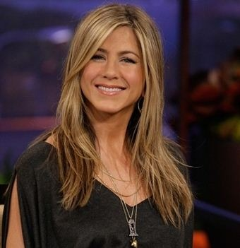 "Jennifer Aniston Has Bits Of Clothes From ""Frie.."