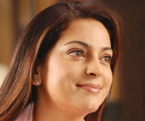 """Juhi Invites Maharashtra Governor To Watch Her Latest Release, """"Chalk N Duster!"""""""