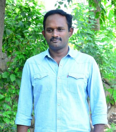 Kaaka Muttai Director's Kadaisi Vivasaayi!